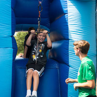 Activities zipline inflatable